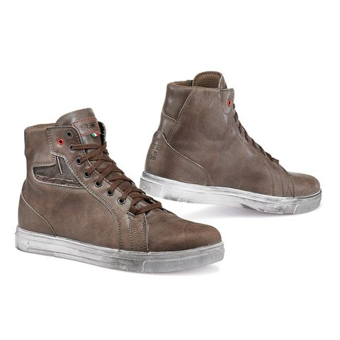 MC-sneaker Herr TCX Street Ace Coffe Brown.